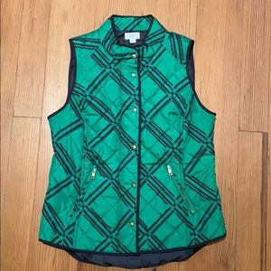 Crown and Ivy puffer vest geometric design